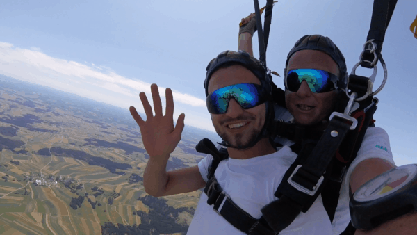 Fallschirmspringen Geschenkidee